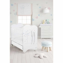 Micuna Aura Baby Cot with Relax System + Free 4